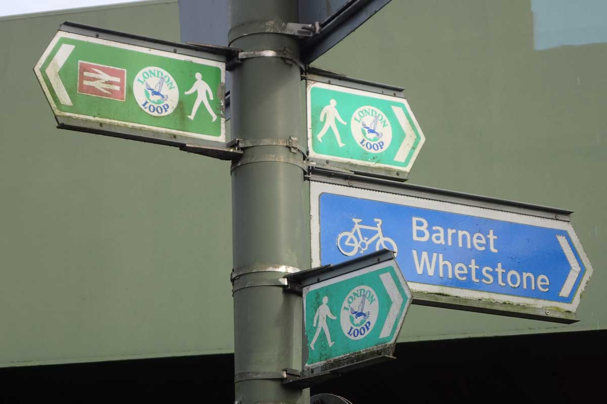Signpost on the LOOP