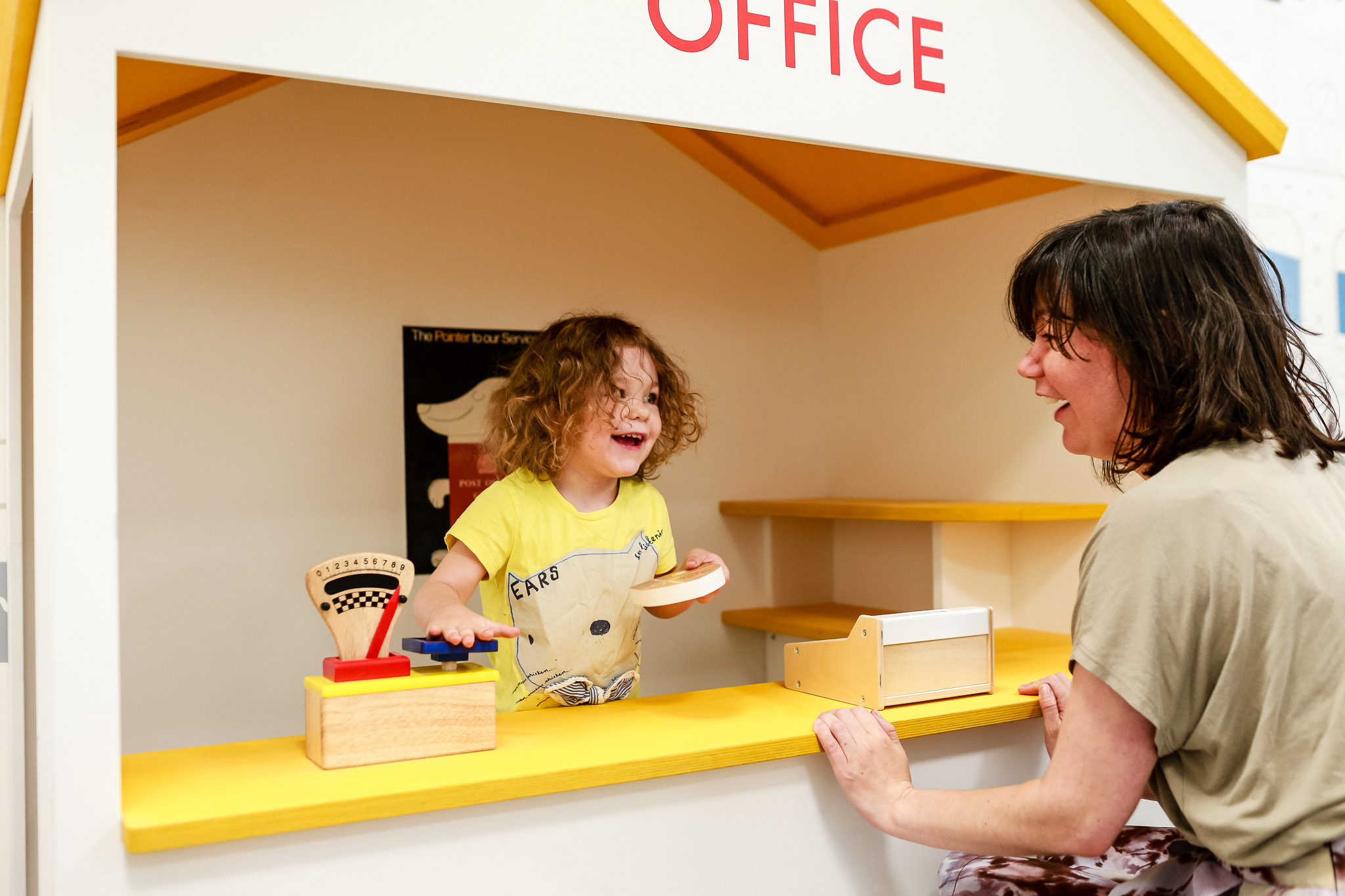Next customer please! Use role play to help customers weigh parcels and stamp letters.