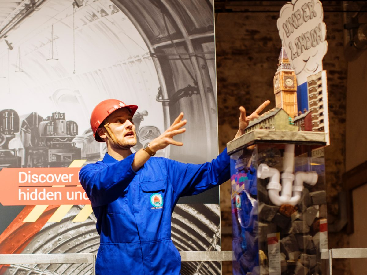 Mail Rail Science Show